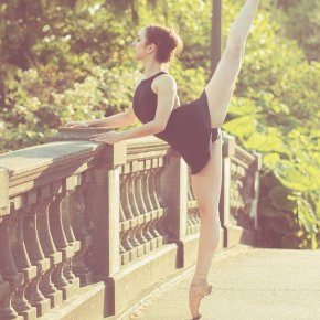 Arabesque Splits on the Bridge