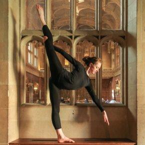 Ballet Penché