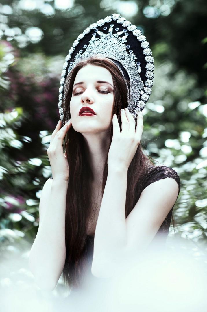 Model - Ksenia Vi <a rel=